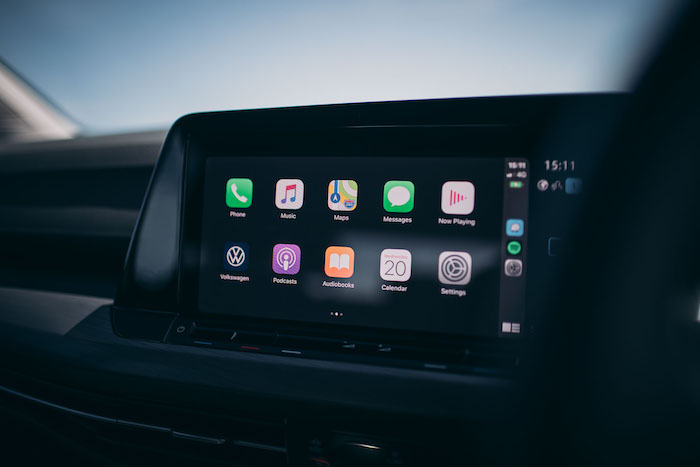 Apple CarPlay touch screen system