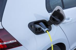 VW expands EV network