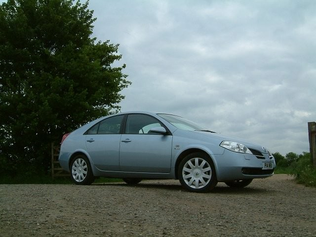 Nissan Primera Review