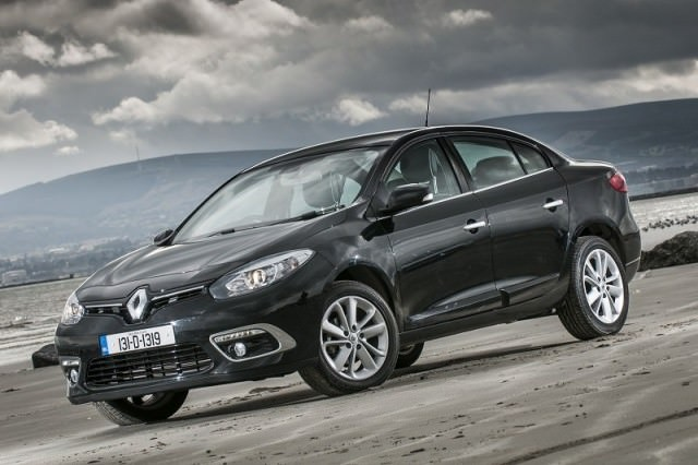Renault Fluence Dynamique 90 1 5 Dci Review Carzone New