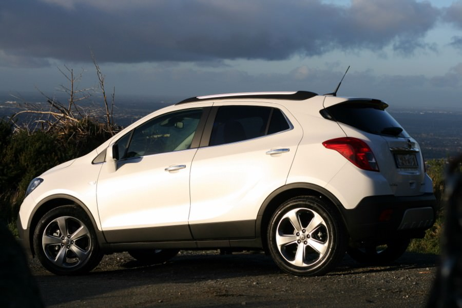 opel mokka 1 4 turbo 4x4 review carzone new car review. Black Bedroom Furniture Sets. Home Design Ideas