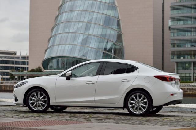 Mazda 3 2 2 SkyActiv-D 150 Platinum Review | Carzone New Car