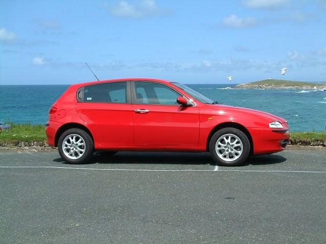 Alfa Romeo 147 Review