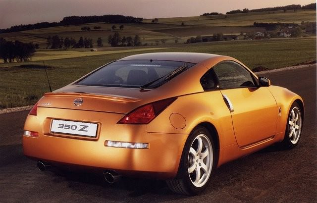 nissan 350z 2003 2009 carzone used car buying guides. Black Bedroom Furniture Sets. Home Design Ideas
