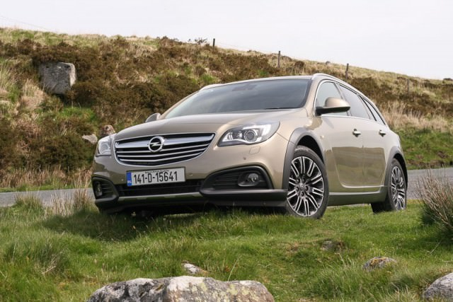 Opel Insignia Country Tourer 2 0 Cdti 163 Review Carzone