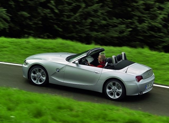 bmw z4 2002 2009 carzone used car buying guides. Black Bedroom Furniture Sets. Home Design Ideas