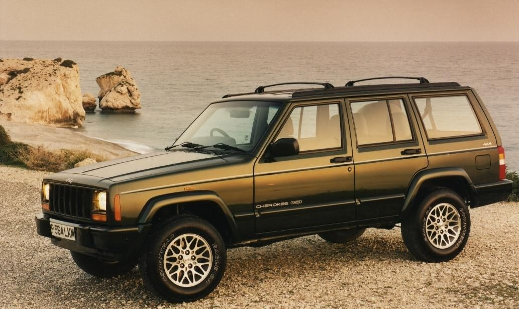 Jeep Cherokee 1994 - 2001 | Carzone Used Car Buying Guides