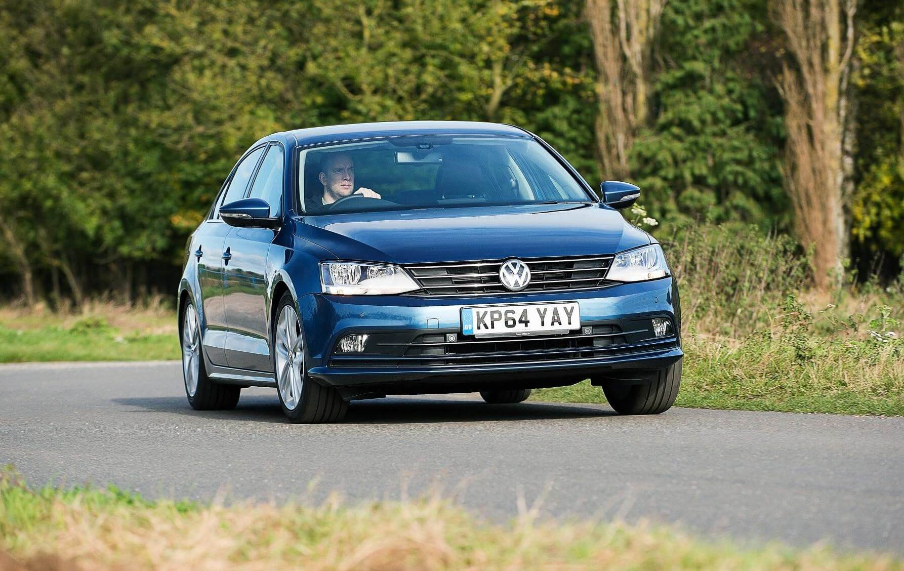 by new volkswagen the car arteon review magazine reviews vw