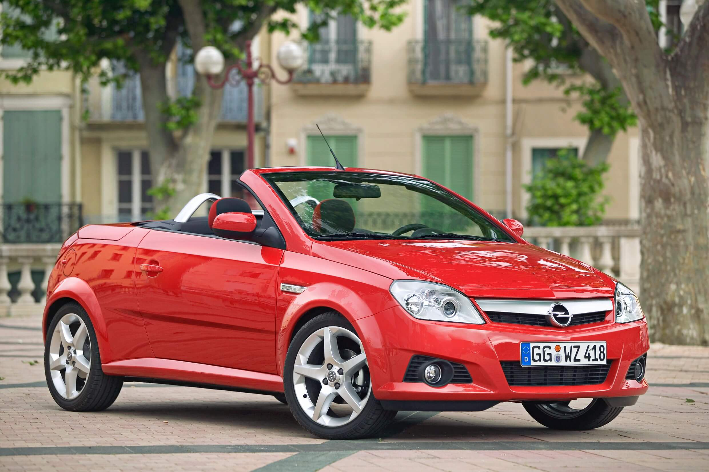 Opel Tigra 2004 - 2009 | Carzone Used Car Buying Guides