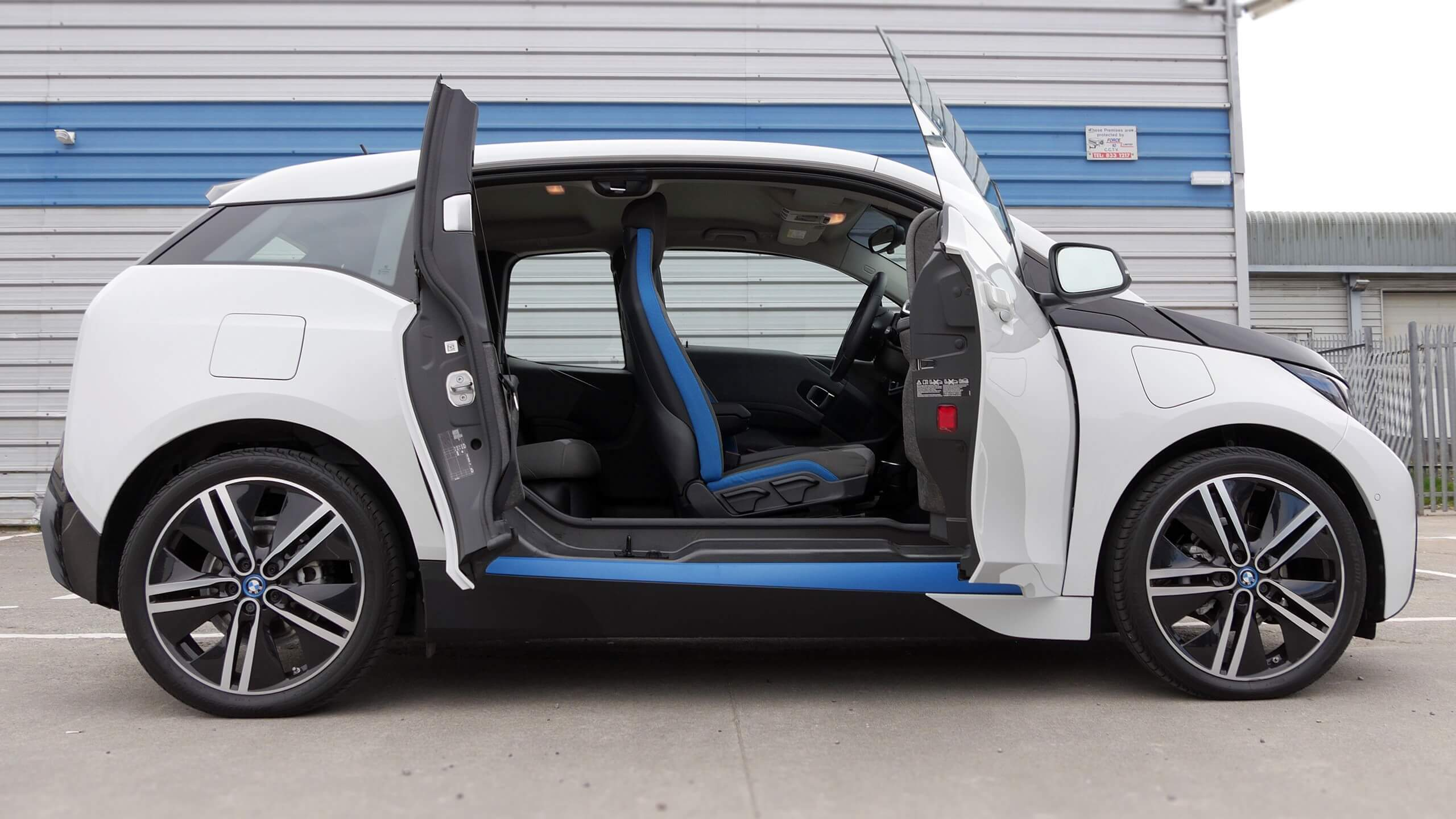 bmw i3 2016 review | carzone new car review