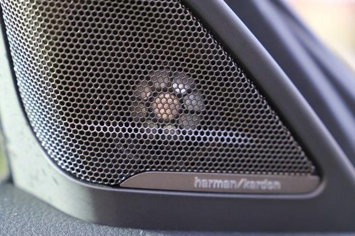 BMW Harmon Kardon Stereo