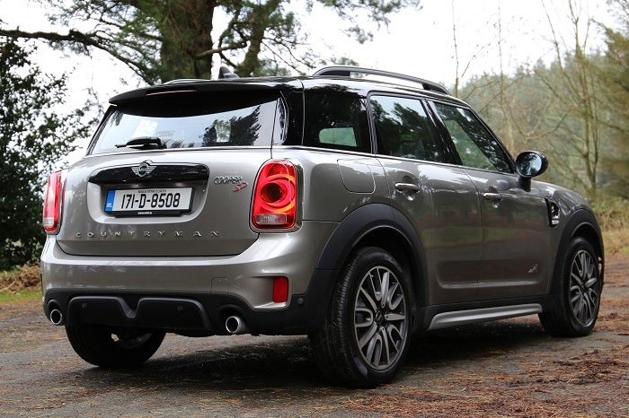 Mini Countryman Review Carzone New Car Review