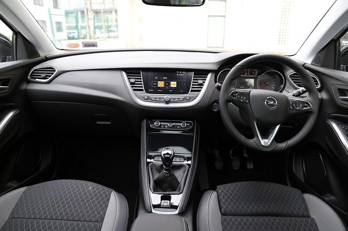 Opel Grandland Interior