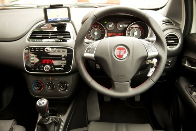 Fiat Punto Evo GP MultiAir Review | Carzone New Car Review