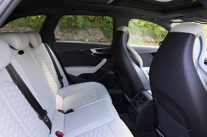 RS4 Estate Seats