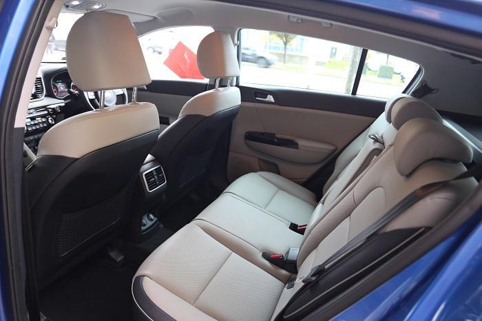 <a href='https://www.carzone.ie/new-cars/Kia'>Kia</a>  <a href='https://www.carzone.ie/new-cars/Kia/Sportage'>Sportage</a>  Rear Seats
