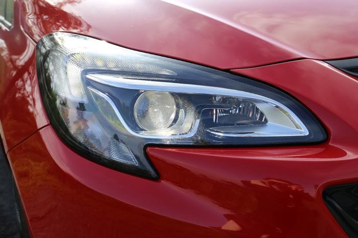 Opel Corsa GSi Lights