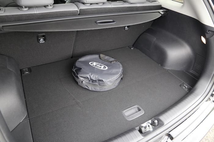 <a href='https://www.carzone.ie/new-cars/Kia'>Kia</a>  E Niro Boot