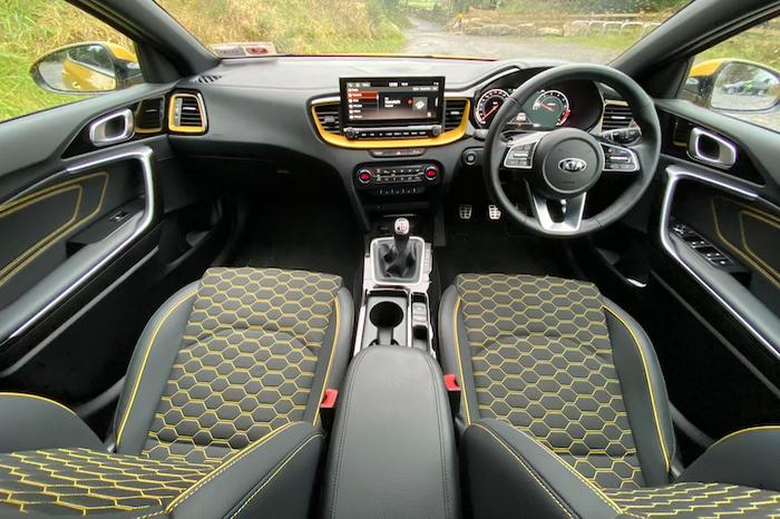 <a href='https://www.carzone.ie/new-cars/Kia/Xceed'>Xceed</a>  Interior