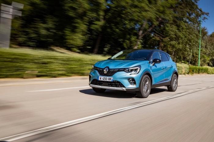 Renault Captur E-Tech Review