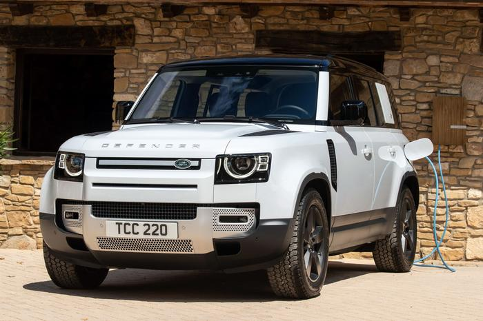 Land Rover Defender PHEV Review