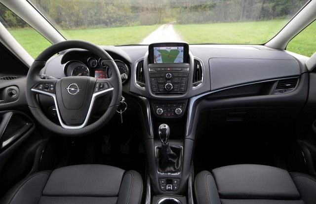 Opel Zafira Tourer Review   Carzone New Car Review